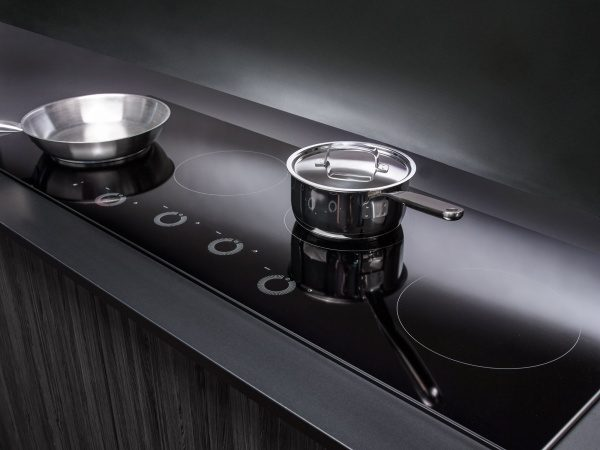Perfect control of the heat with hob from ASKO.