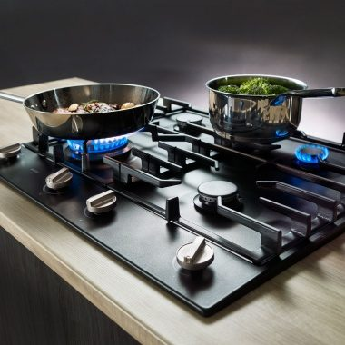 Hobs from ASKO gives you the original art of cooking and is very easy to clean.