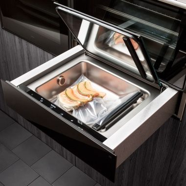 With a vacuum drawer from ASKO you can prepar food for Sous vide.