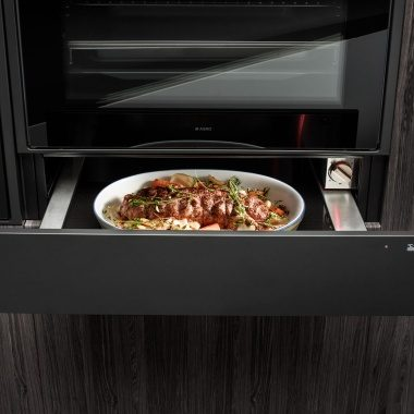 With an ASKO warming drawer in your kitchen you can slow cook food.